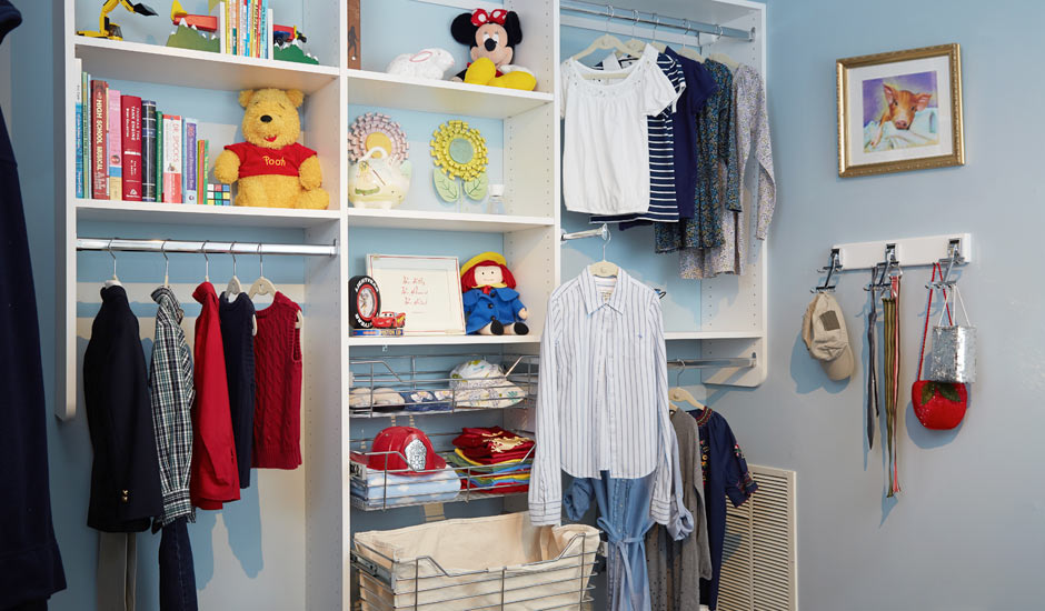 wall mounted childs walk-in closet