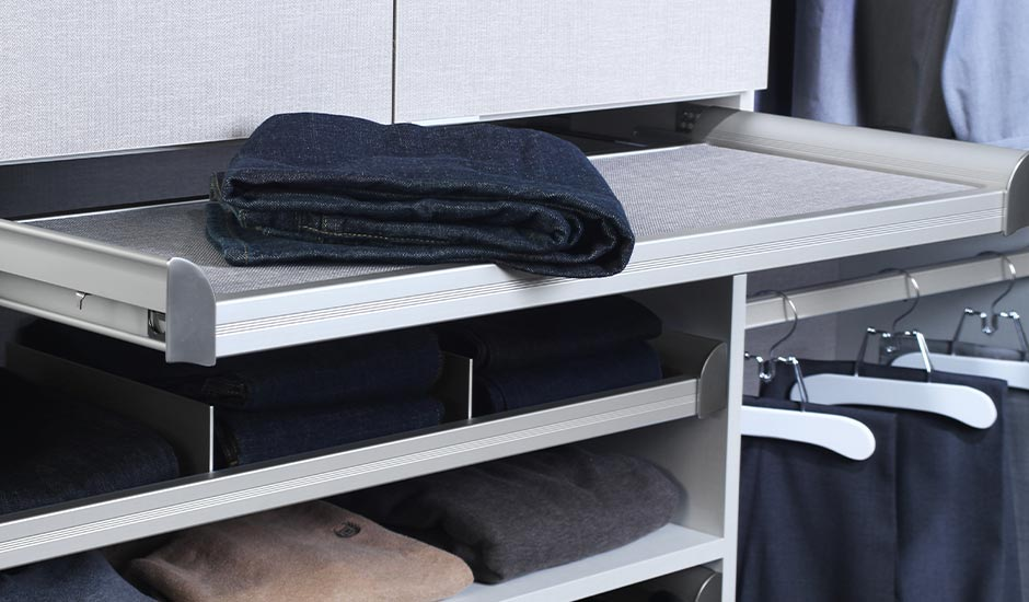 folding station closet