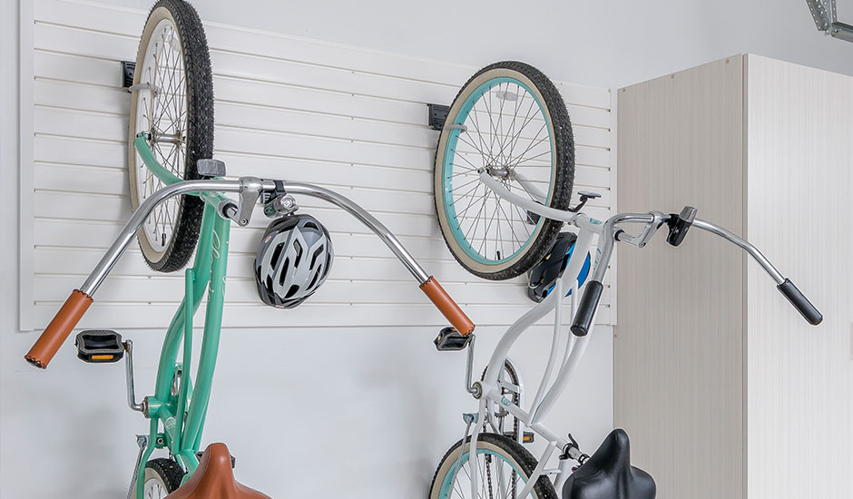 vertical wall storage slatwall bikes